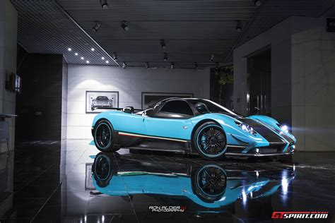blue pagani zonda incredible pagani zonda uno stuns in blue gtspirit