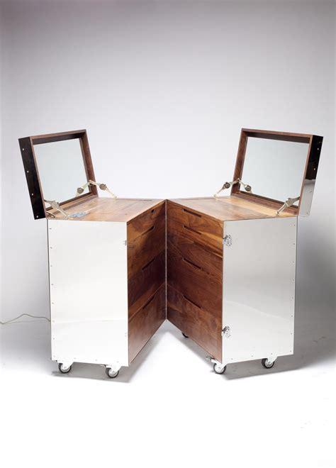 Steel Crate Furniture By Naihan Li Designer Crate Furniture