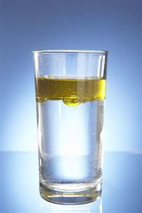 why oil and water don t mix