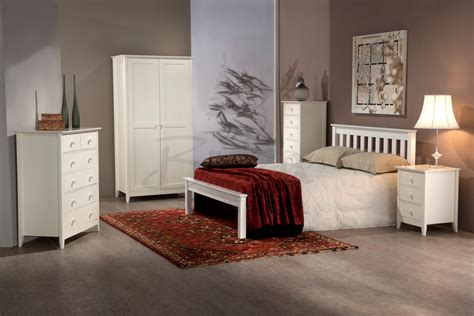 white shaker bedroom furniture complete bedroom furniture set raya shaker style pics