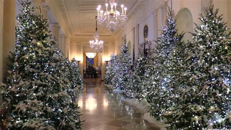 who pays for white house christmas melania unveils white house decorations newsday