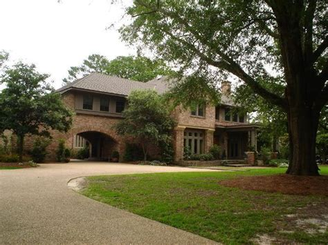 haley house one tree hill nathan s house home exterior pinterest one tree nathan haley and