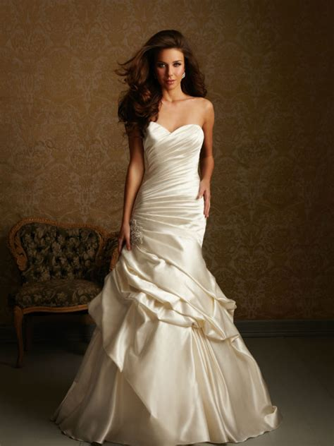 wd475 romanti ruched throughout strapless