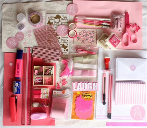pretty gifts pretty in pink stationery set