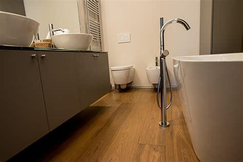 parquet per bagno e cucina mobile dispensa ad angolo per cucina