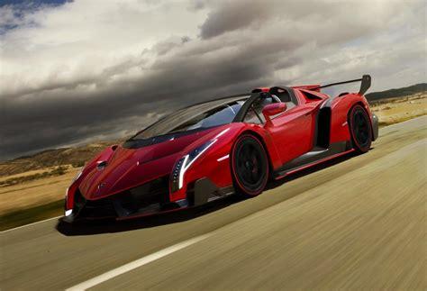Lamborghini Drivers Lamborghini Veneno Roadster Driving