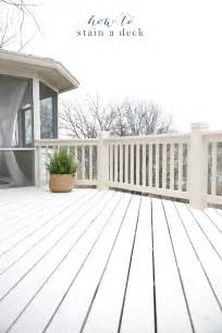 How To Stain A Patio by How To Stain A Deck Tips Amp Tricks To A Fast Beautiful