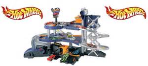 Hot Wheels Mega Garage £24.99 @ Smyths Toys