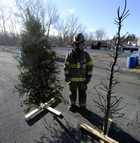 christmas tree fire extinguisher firefighters be wary of trees times union