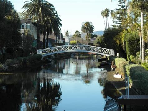 s day venice canal venice canals bridge 2 picture of venice canals walkway