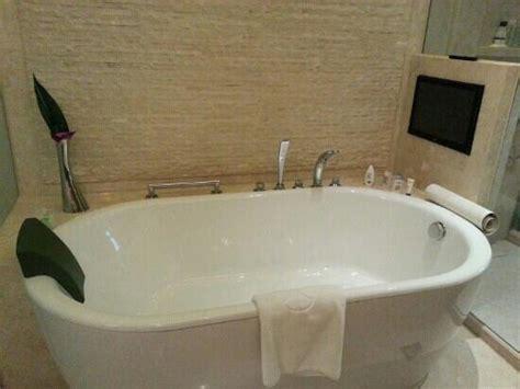 tube 8 bathroom bath tube picture of hotel okura macau macau tripadvisor