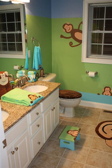 Monkey Bathroom Decor by 25 Best Ideas About Monkey Bathroom On