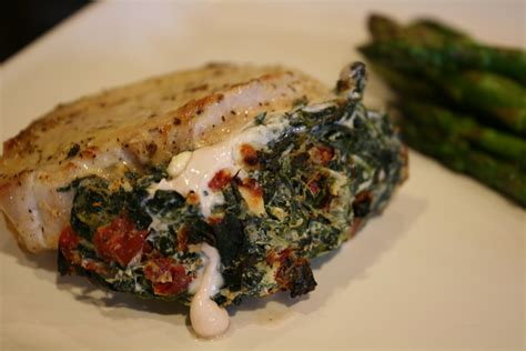 pork chops stuffed with feta and spinach cooking light pork chops stuffed with feta and spinach bigoven 186308