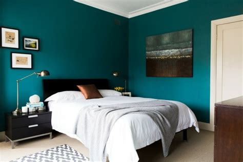 peinture dans chambre 1001 id 233 es pour une chambre bleu canard p 233 trole et paon