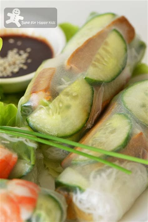 How To Make Vegetarian Rice Paper Rolls - bake for happy rice paper rolls bill