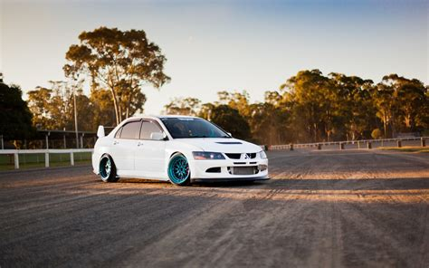 mitsubishi lancer wallpaper hd mitsubishi lancer evolution wallpaper cars wallpaper