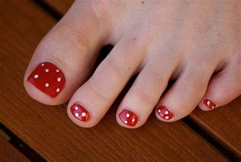 easy nail art tips simple toe nail art indian beauty tips