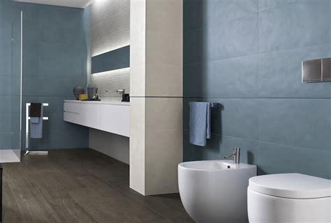 altezza rivestimento bagno altezza rivestimenti bagno le 17 migliori idee su vasche