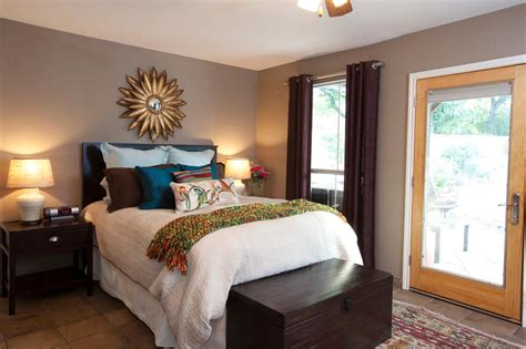 Bedroom Upgrades Easy Home Upgrades From Hgtv S Buying And Selling