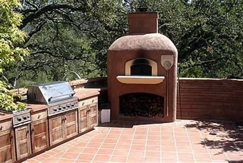 Sale Mainan Edukasi Color Clay Diy Pizza the warm terra cotta colors of this outdoor kitchen create an inviting cooking space tom