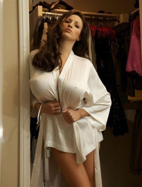 sexy photos of natural amateur girls florai big boobs babes big boobs babe at home categories