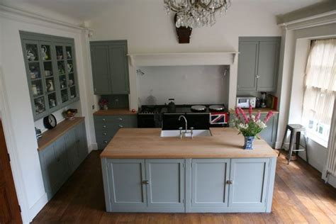georgian kitchen design handpainted georgian kitchen by wardour workshops dorset