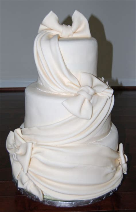 Wedding Cake Decorating Supplies by
