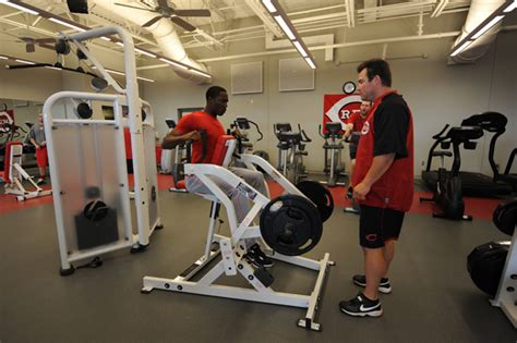 weight room workouts the 10 key weight exercises for mlb si