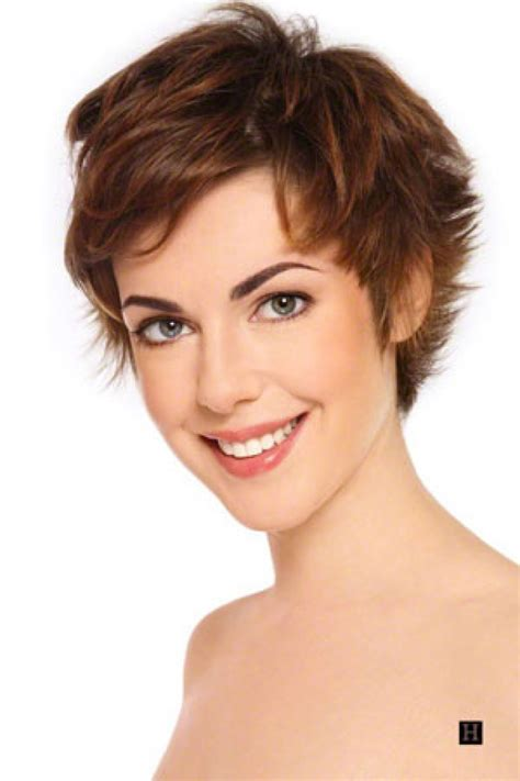 pictures of womens hair going from brown to blond with highlights short brown hairstyles short hairstyles 2018