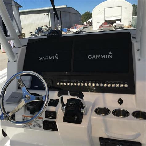 edgewater boat switch panel edgewater boats dash with dual garmin 8617 center