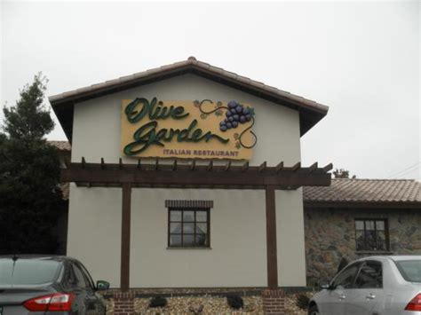 olive garden o hare airport olive garden 17198 chesterfield airport rd in chesterfield mo tips and photos on citymaps