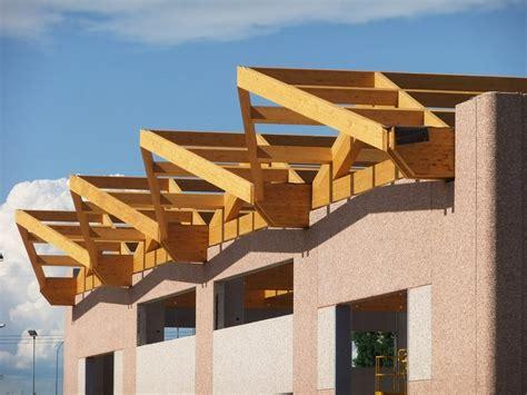 capannone in legno grandi strutture marlegno