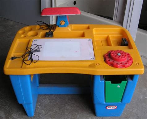 little tikes art desk fisher price little tikes lighted art desk had this one