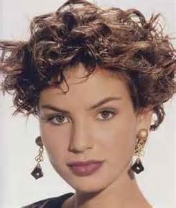 fashioned layered hairstyles layered short curly hairstyle