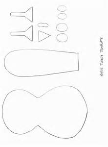 Free Printable Turkey Template by Schooling At Home Happenings November 2012