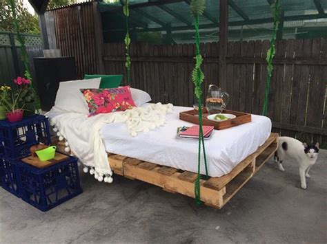 diy pallet swing bed amazing uses old pallets ideas pallets designs