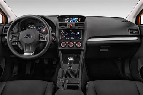2013 subaru crosstrek interior 2013 subaru crosstrek reviews and rating motor trend