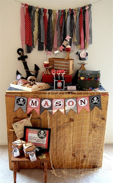 pirate themed home decor 25 best ideas about pirate party decorations on pinterest