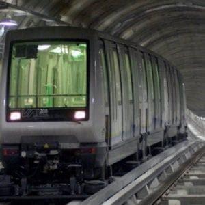 metro torino porta nuova torino metropolitana bloccata questa mattina tra porta