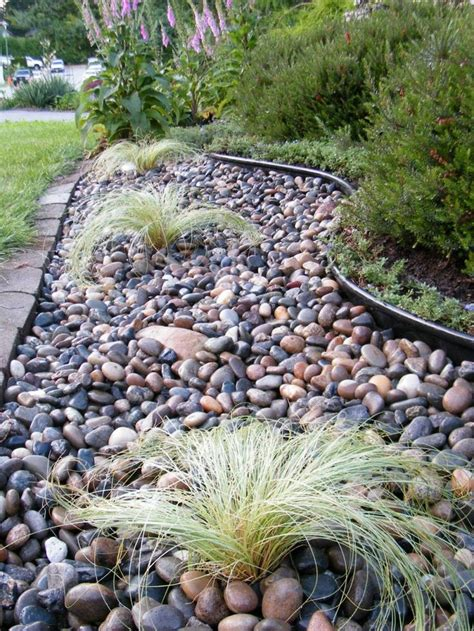 Pebble Rock Garden Designs Best 25 River Rock Gardens Ideas On Landscaping With River Rock Rock Flower Beds