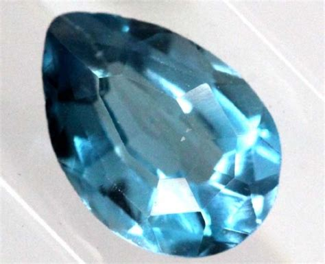 1130cts Blue Topaz blue topaz faceted 1 7 cts tbg 830