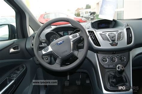 ford  max  ti vct trend car photo  specs
