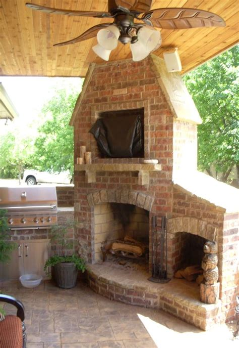 combination outdoor fireplace and grill outdoor fireplace and grill now that s an awesome corner
