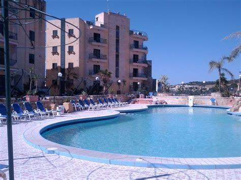 hotel porto azzurro malta aparthotel porto azzurro in st pauls bay malta
