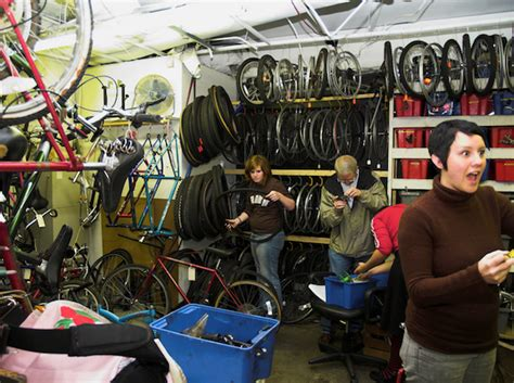 Bike Kitchen by How To Start A Bike Kitchen Resilience