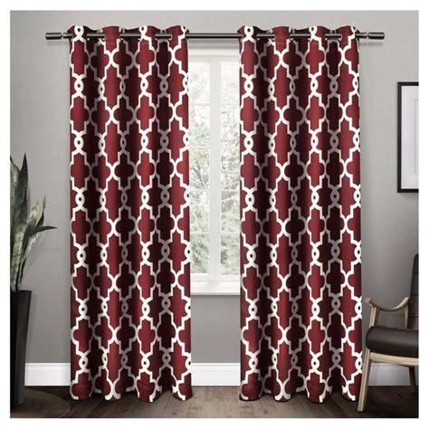 burgundy bedroom curtains 25 best ideas about burgundy curtains on pinterest grey
