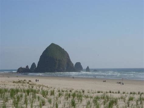 haystack rock cannon beach 2018 all you need to know