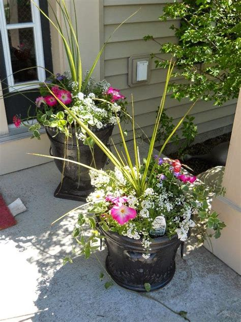 Outside Flower Pots Outdoor Flower Pot Arrangement Garden