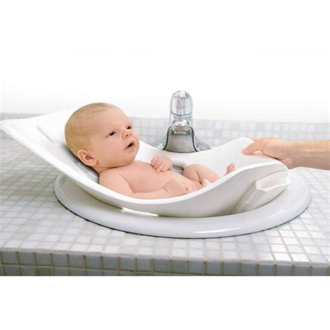 foldable baby bathtub the soft foldable baby bath tub babies pinterest