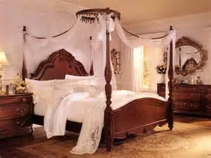 Beige Bedroom Design Idea From A » Ideas Home Design